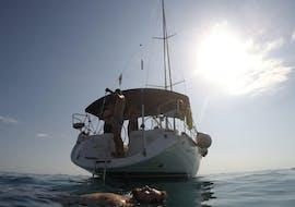 Sortie en voilier privée de Tisno à St. Nicholas Fortress avec Baignade & Observation de la faune