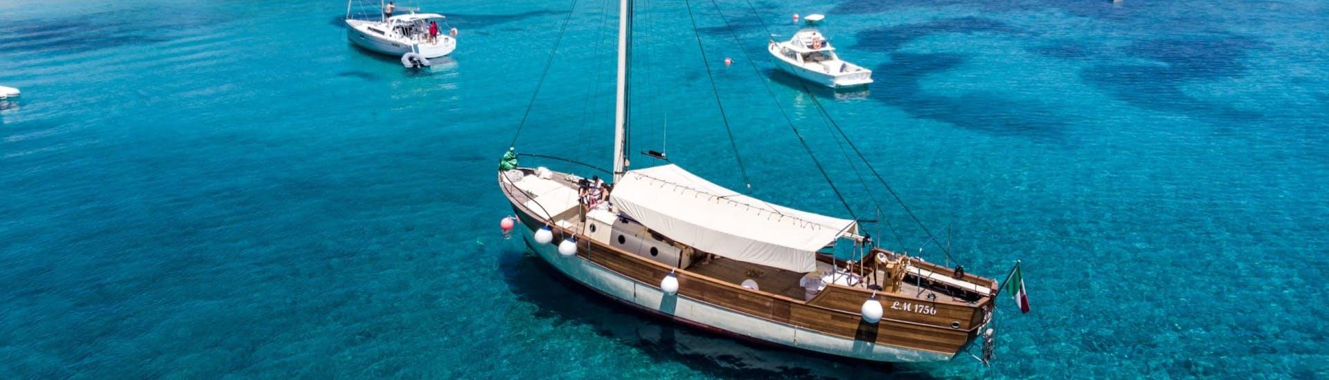 semi-private-sailing-boat-trip-to-la-maddalena-low-season-maggior-leggero-tour-hero1