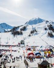 Ski schools in Sestriere (c) Consorzio Turistico Via Lattea