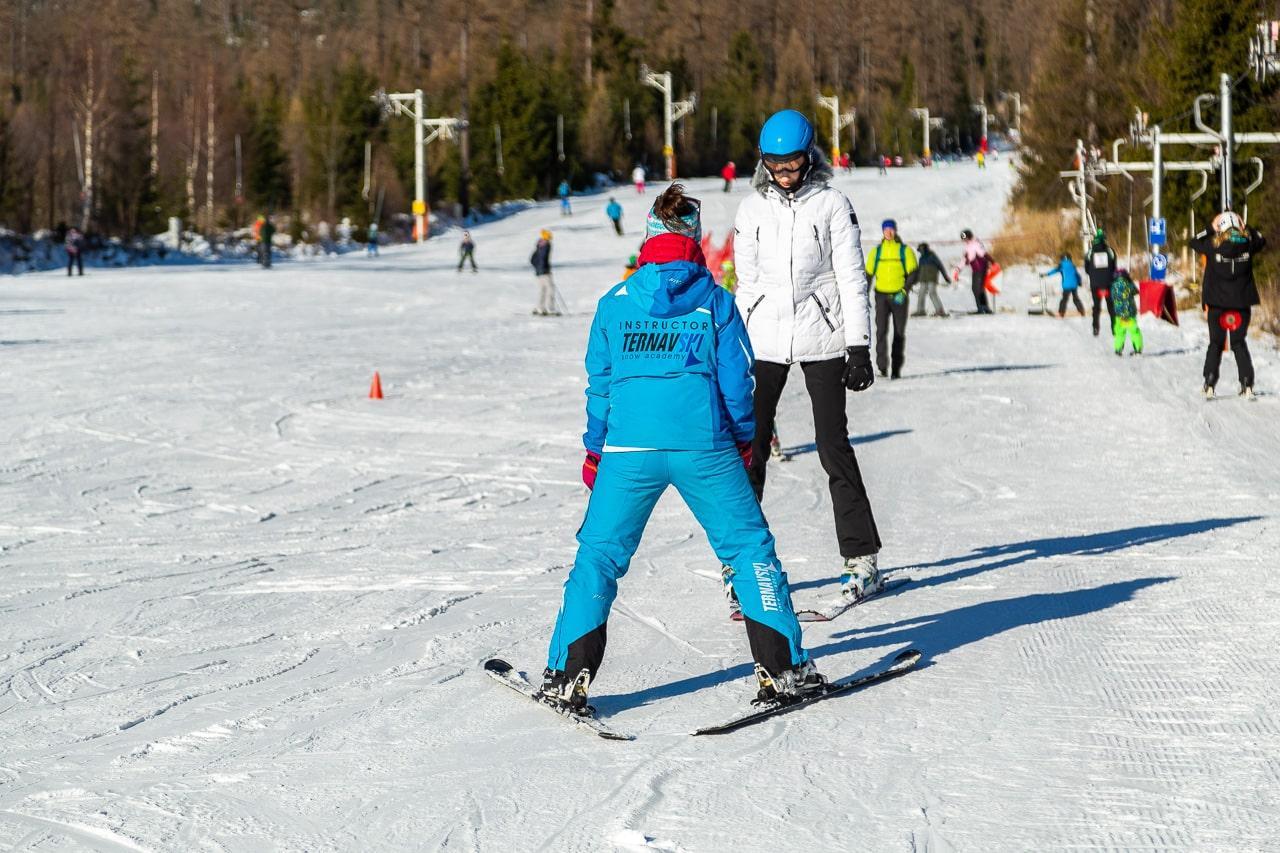 Lezioni private di sci per adulti per tutti i livelli