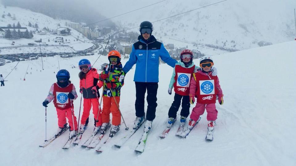 Lezioni di sci per bambini per principianti