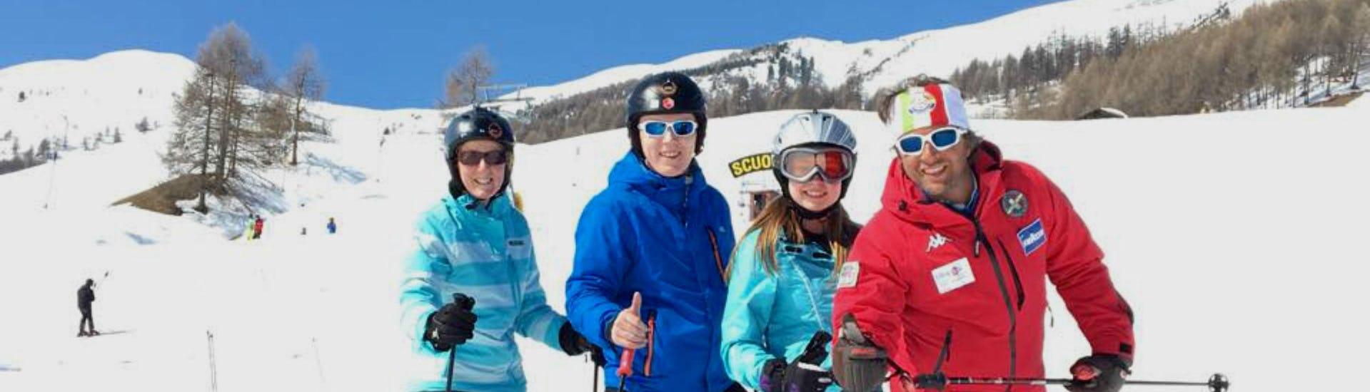 ski-lessons-for-adults-all-levels-scuola-di-sci-e-snowboard-livigno-italy-hero