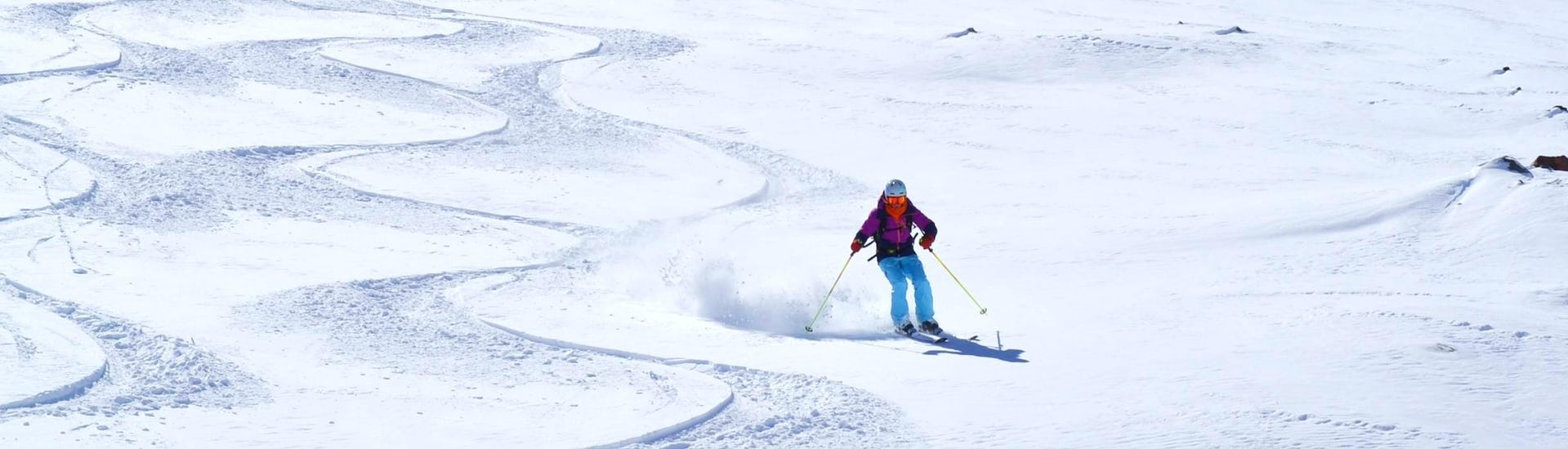 ski-lessons-for-adults-low-season-all-levels-esi-chatel-hero