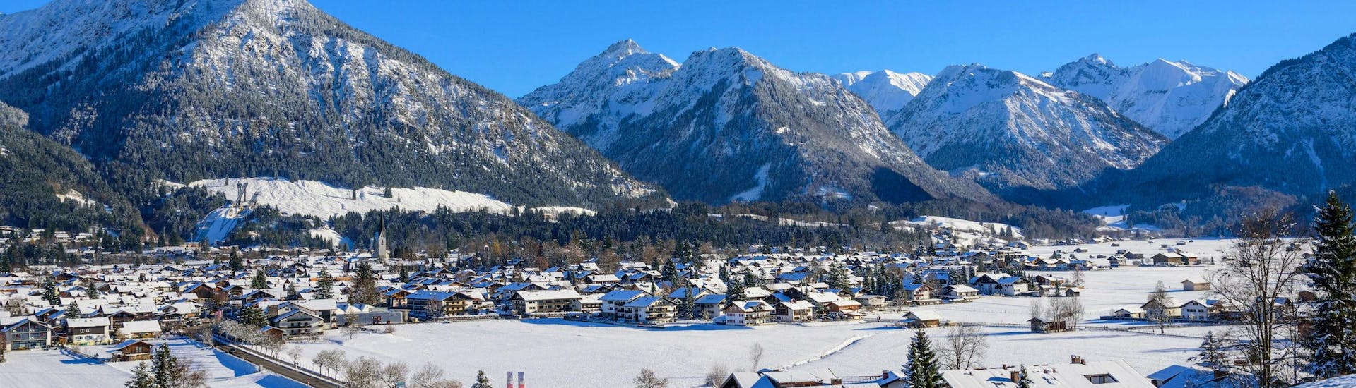 A view of the Fellhorn/Kanzelwand near Oberstdorf, a popular ski resort nestled between the Bavarian mountains, where local ski schools offer a range of different types of ski lessons.