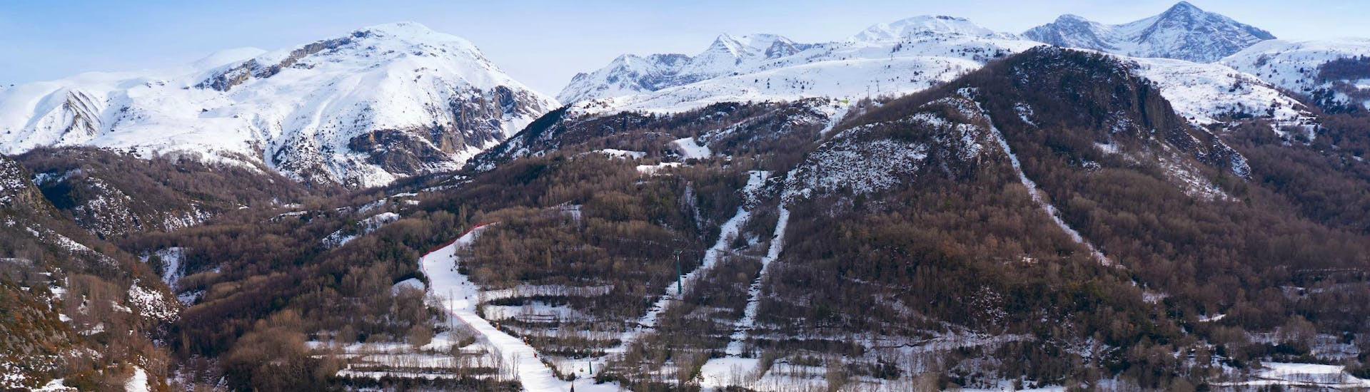 An image of the Spanish town of Panticosa, where local ski schools offer ski lessons for beginners who want to learn to ski.