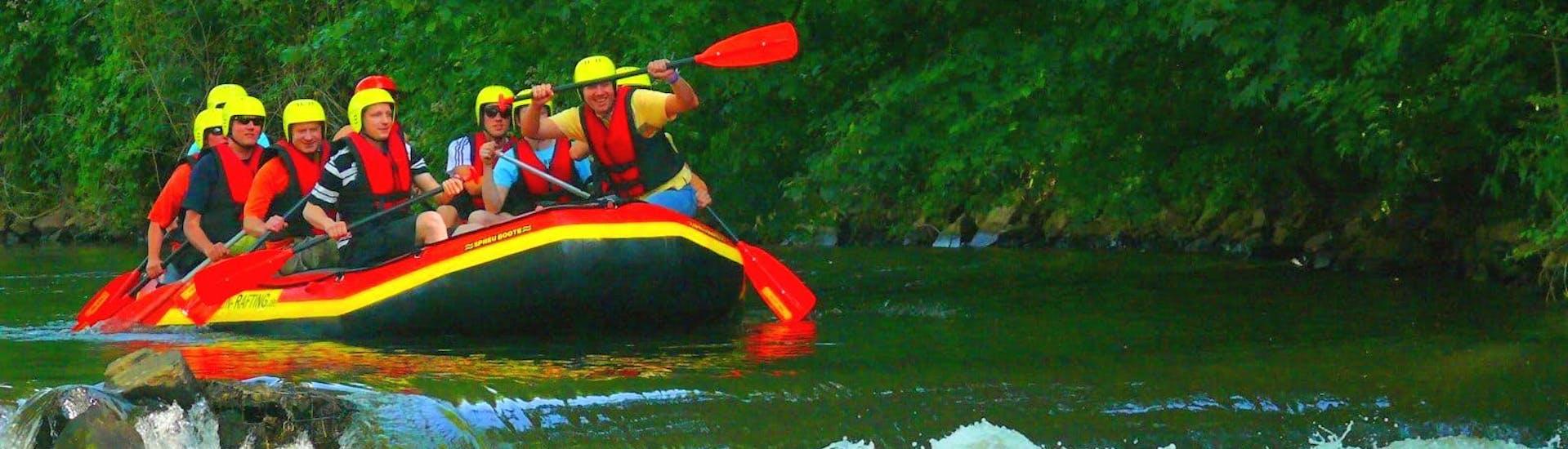 soft-rafting-on-erft-rhine-in-duesseldorf-for-groups-wupperkanu-hero