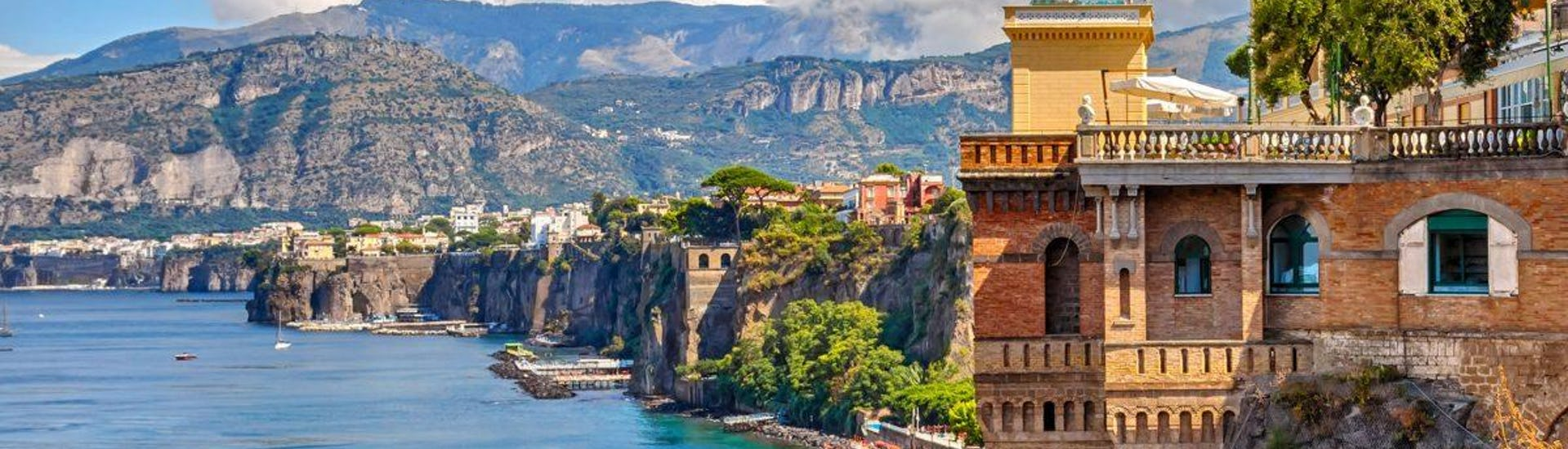 Boat Tour from Naples to Positano and Amalfi