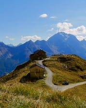 Mountain Biking Stubaital (c) Shutterstock