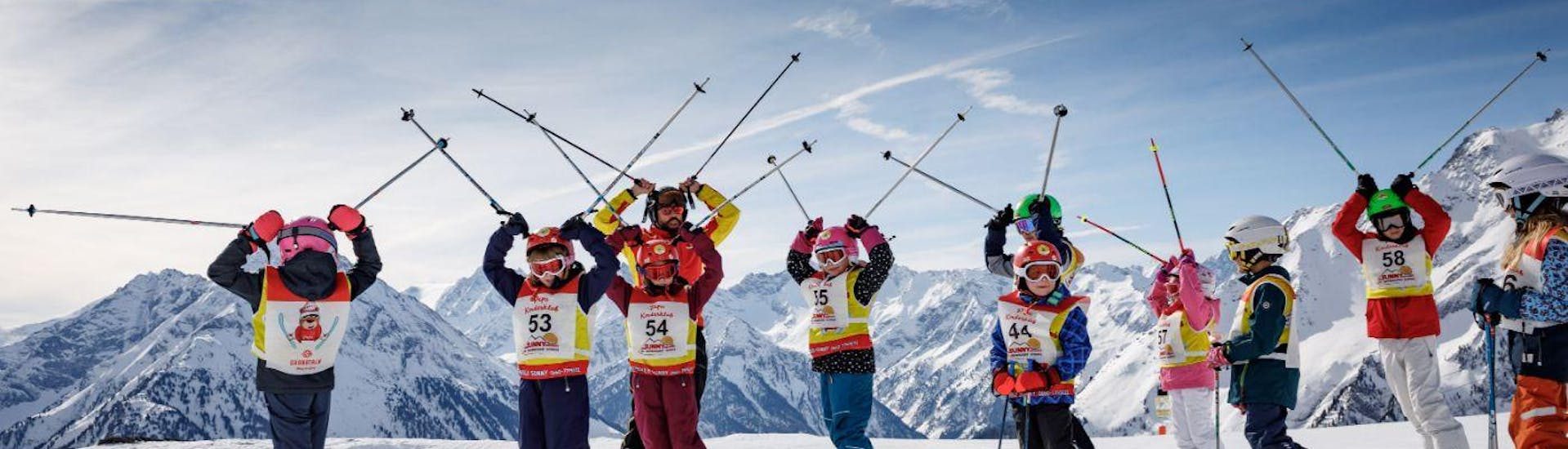 """Kids Ski Lessons """"All In One"""" (4-14 y.) for Beginners with Skischule Sunny Finkenberg - Hero image"""