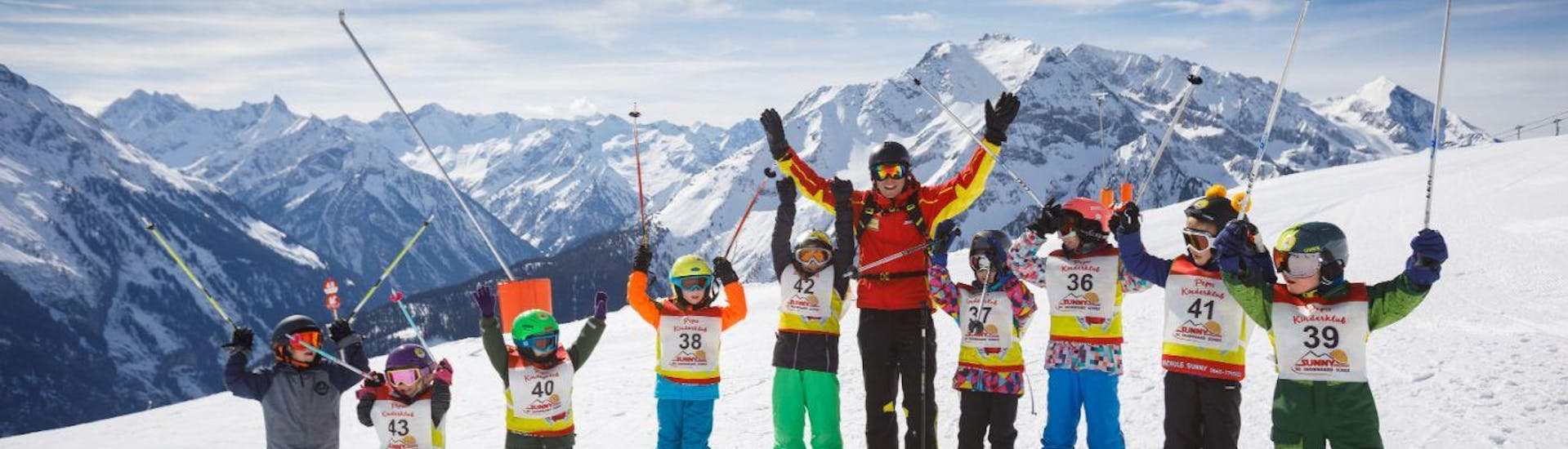 """Kids Ski Lessons """"All In One"""" (4-14 y.) for Advanced Skiers with Skischule Sunny Finkenberg - Hero image"""