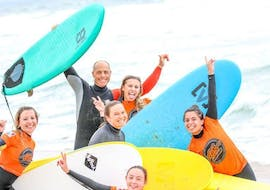 Children are have Surfing Lessons on the Plage Sud in Hossegor in High Season with the instructor of Tao Magic glisse.