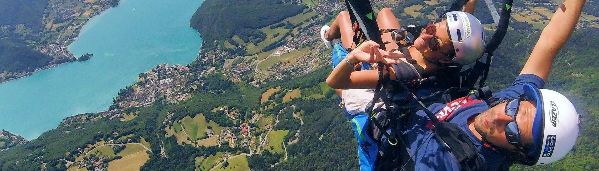 tandem-paragliding-acro-fly-lake-annecy-takamaka-annecy-hero