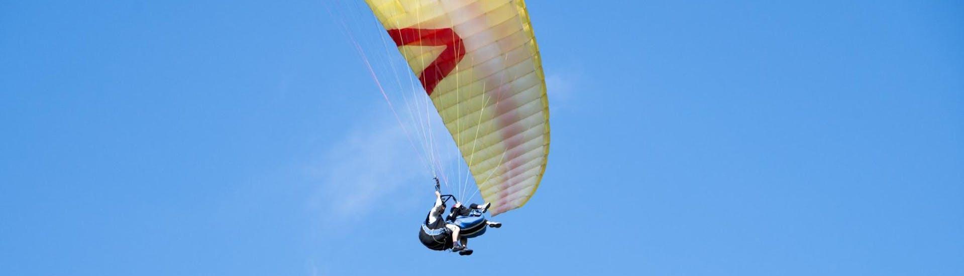 tandem-paragliding-at-lake-tribalj-sky-riders-paragliding-croatia-hero