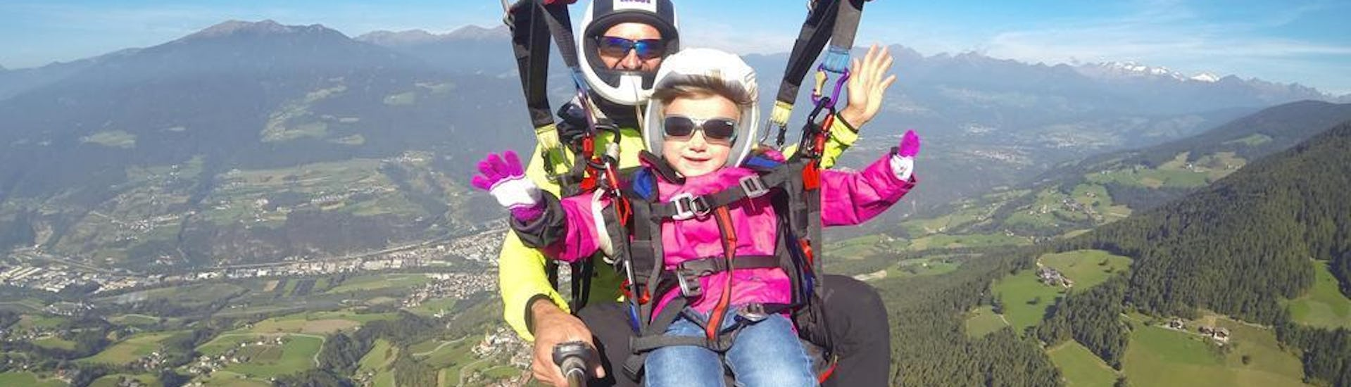 Tandem Paragliding from Plose for children