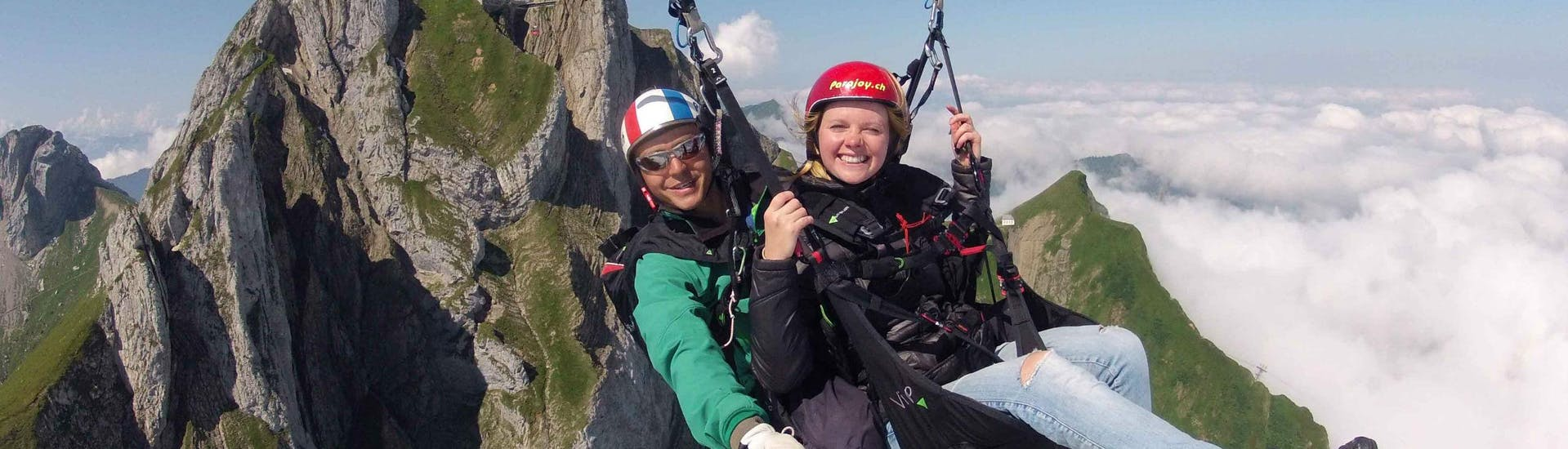 tandem-paragliding-from-the-pilatus-high-flyer-tandemflug-ch-hero