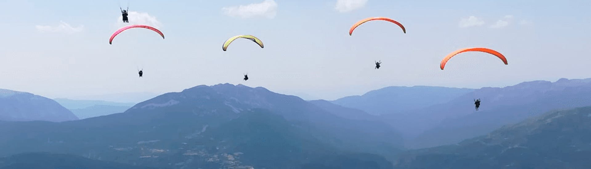tandem-paragliding-highaltitude-parapente-pirineos-hero