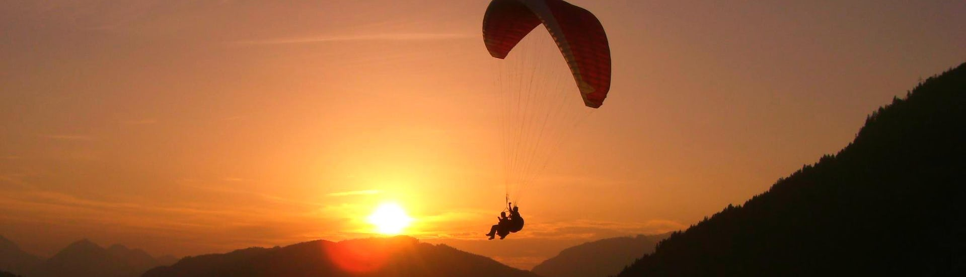 tandem-paragliding-panorama-flight-gerlitzen-fly-taxi-fun-fly-hero