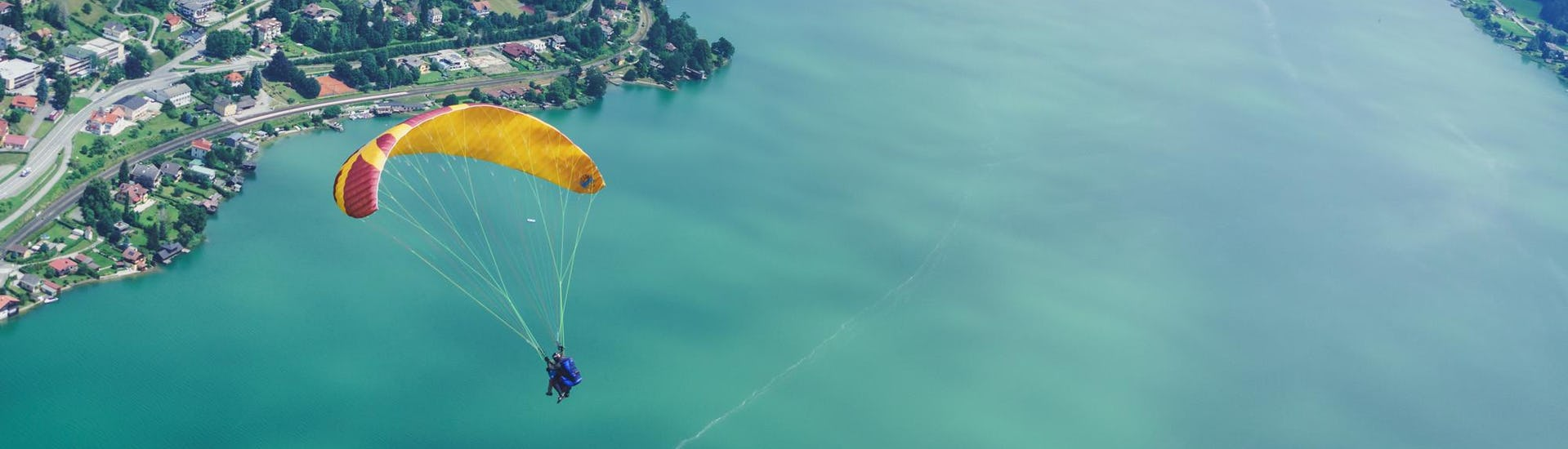 Tandem Paragliding in Carinthia - Steer On Your Own