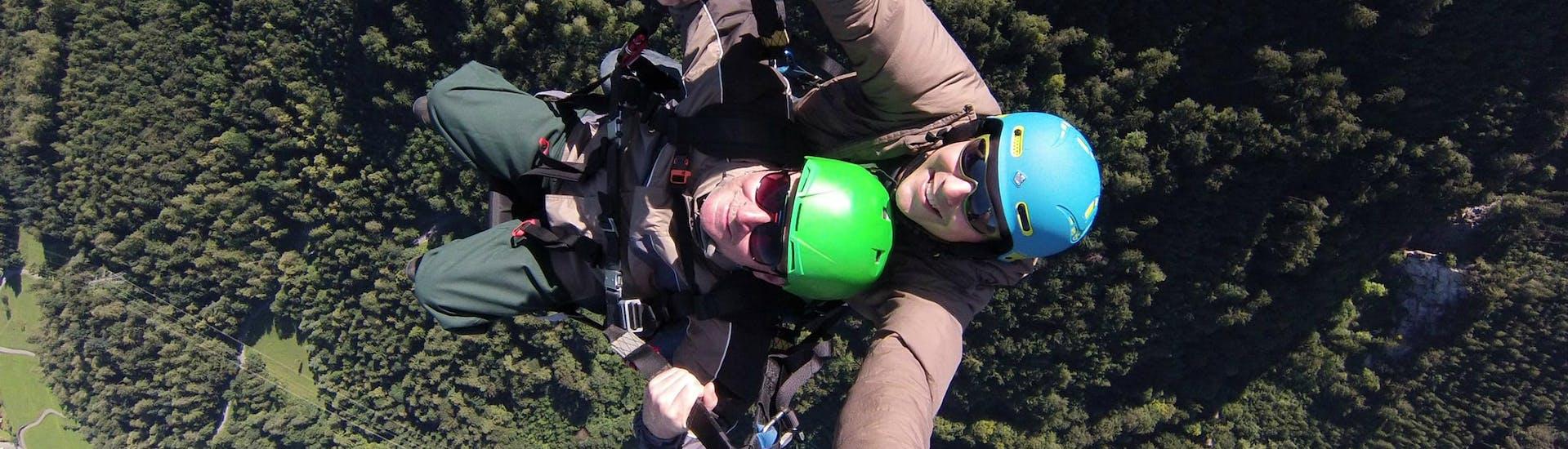 Tandem Paragliding in Glarnerland & Walensee - Flight Day