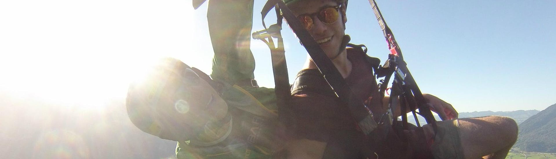 Tandem Paragliding in the Glarnerland & Walensee - Big Air