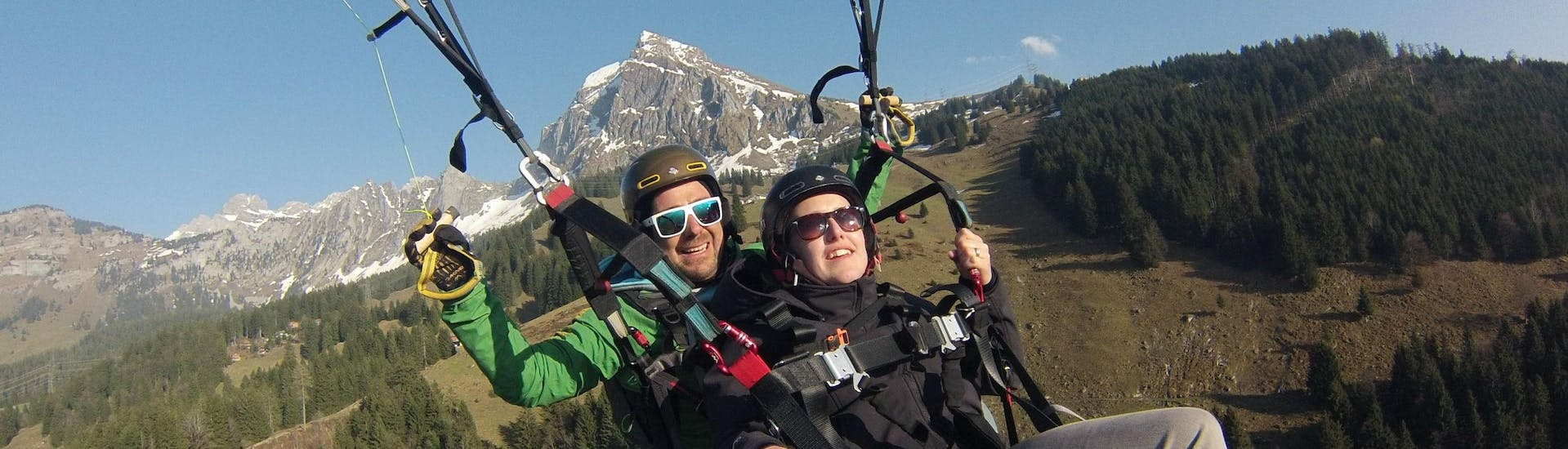 Tandem Paragliding in the Glarnerland & Walensee - Thermal