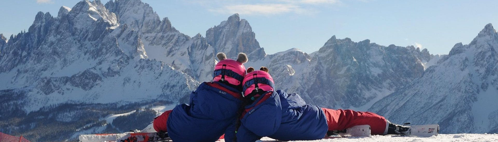 Curso de esquí para niños para debutantes