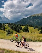 Mountain Biking Val Gardena (c) Shutterstock