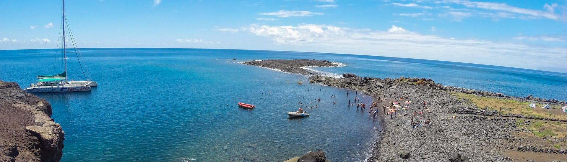 Catamaran Tour to Desertas Islands
