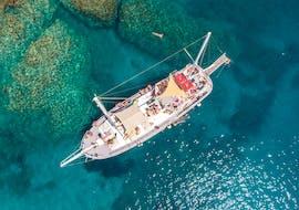 Balade en voilier Rhodes (ville) - Plage de Traganou avec Baignade & Visites touristiques avec Romantika Rhodes Day Cruise