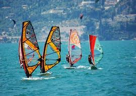 Cours de windsurf à Navene (dès 10 ans) avec Nany's Aqva Center