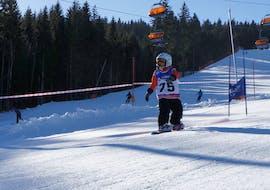 Snowboard Private Group for Kids & Adults - All Levels avec Ski School Klinovec