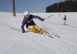 Clases de esquí para adultos para todos los niveles con Snowschool Vrchlabi