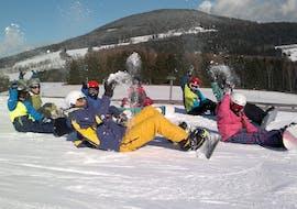 Cours de snowboard pour Tous niveaux avec Snowschool Vrchlabi