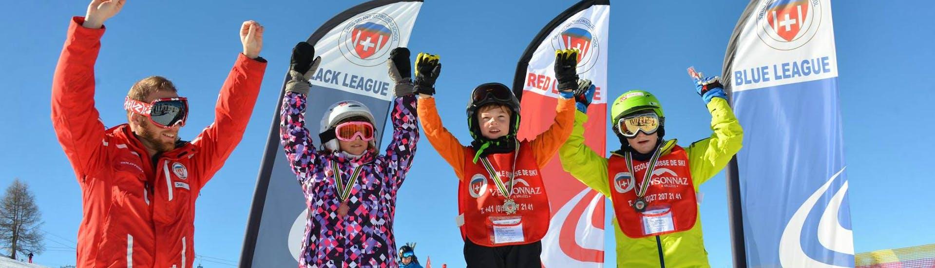 Premier Cours de ski Enfants (6-17 ans) - Matin avec École Suisse de Ski de Veysonnaz - Hero image