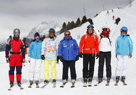 A adult ski lesson for all levels takes places in Cerler with Escuela Española de Esquí y Snowboard de Cerler.