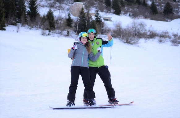 Private Snowboarding Lessons for Kids & Adults - Christmas