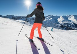 A skier is learning how to ski with their Private Ski Lessons for Adults - Notre-Dame de Bellecombe with the ski school ESI Snow Diam's.