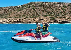 Two people hire a jetski in Palma the Mallorca with Mallorca on Jetski.