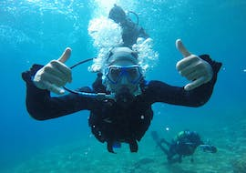 Boy doing a trial dive in Agia Pelagia with Stay Wet.