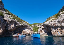 A boat trip from Split goes to the Blue Cave, Komiža, Stiniva, Budikovac & Hvar with One Day Escape.
