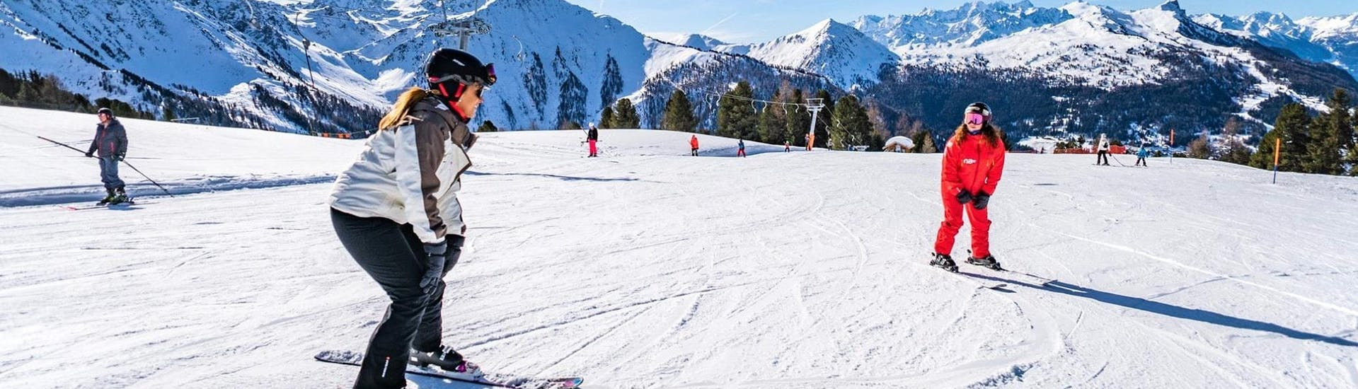 private-ski-lessons-for-families-neige-aventure-hero