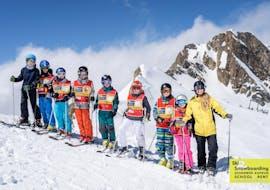 Kids Ski Lessons (3-15 y.) for Advanced Skiers met Ski- & Snowboard School Kaprun Schermer
