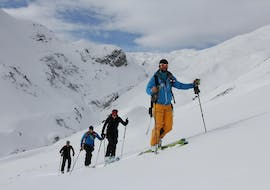 Four skiers during their private off-piste skiing lessons for advanced adults with ski school Warth.