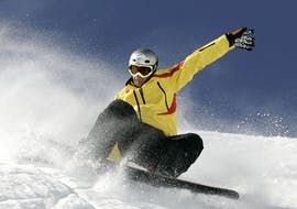 Teen Snowboarding Lessons (12-16 years) for All Levels with Skischool Ecki Kober - Brauneck