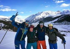 A family enjoys Private Ski Lessons for Families & Friends - 4 Days Offer of the ski school Scuola di Sci e Snowboard Livigno Italy.