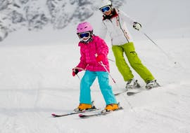 Children show what they have learned in their Private Ski Lessons for Kids - Holiday - All Ages with the ski school Evolution 2 Chamonix.