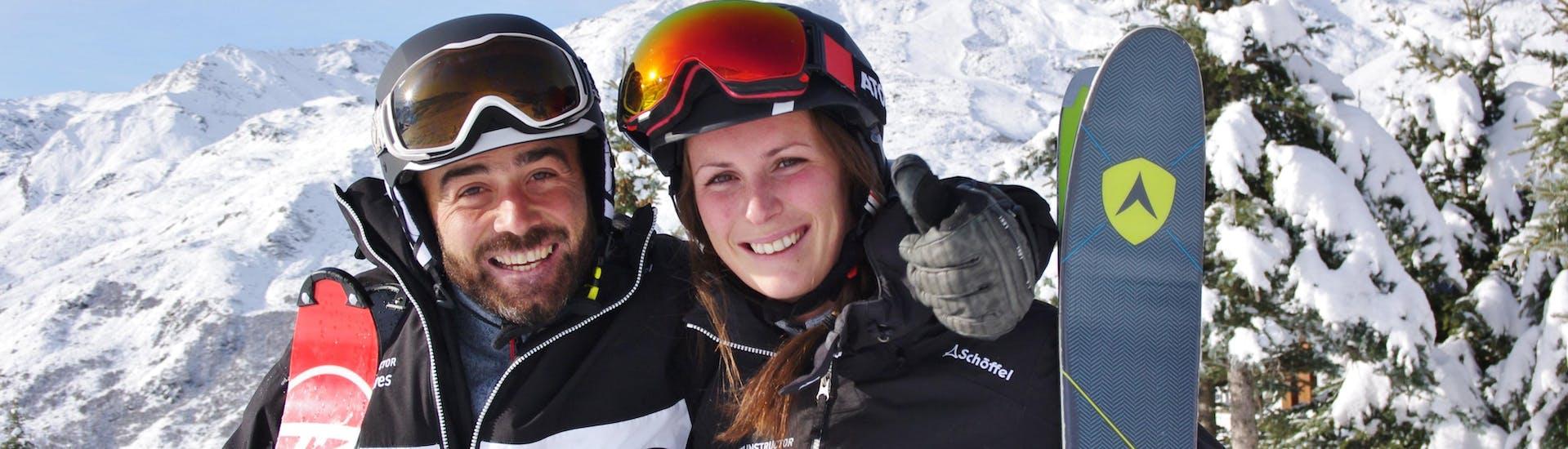 Cours particulier de ski pour Adultes - Tous niveaux avec Ski School Les Menuires - Hero image