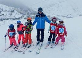 Cours de Ski pour Enfants (5-12 ans) - Débutant avec Escuela de Esquí Candanchú