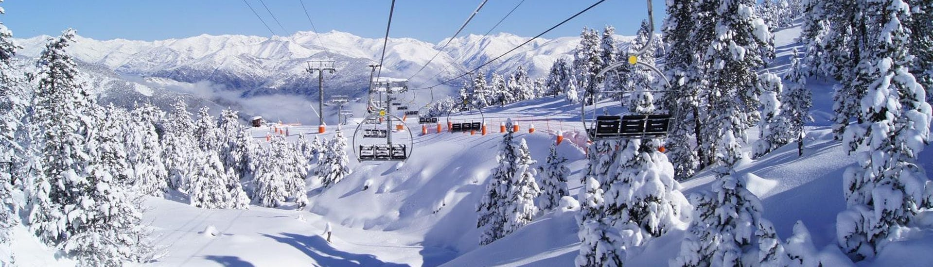 Ski Lessons for Kids (5-14 years) - Weekend avec Escola d'Esquí Pallars Sobira - Hero image